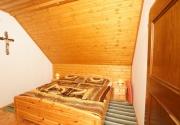 Hütte mit Hund-Schlafen PBF00198