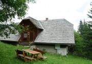 Hütte mit Hund-Sitzplatz PBF00198