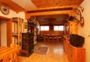 Abgelegene Hütte-Stube PBF00147