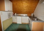 Hütte mit Hund-Kochen PBF00198