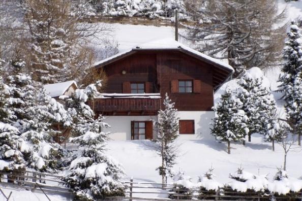 ferienhaus zum skifahren in sterreich skigebiet simonh he. Black Bedroom Furniture Sets. Home Design Ideas